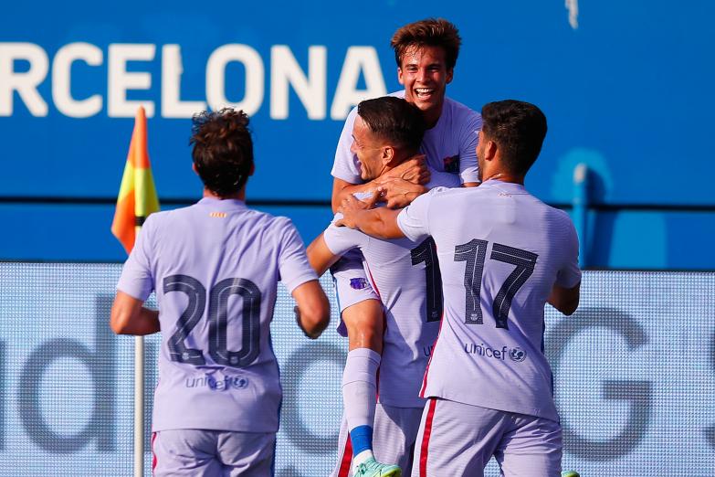 Depay z golem w debiucie, Barcelona znów zwycięska