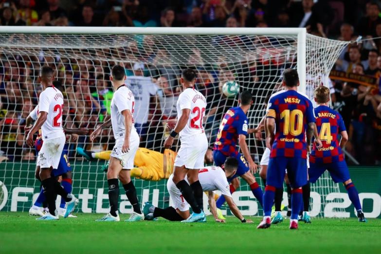 Koszmar Sevilli na Camp Nou trwa