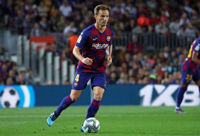 Barcelona pewnie wygrywa z Borussią, Messi bohaterem