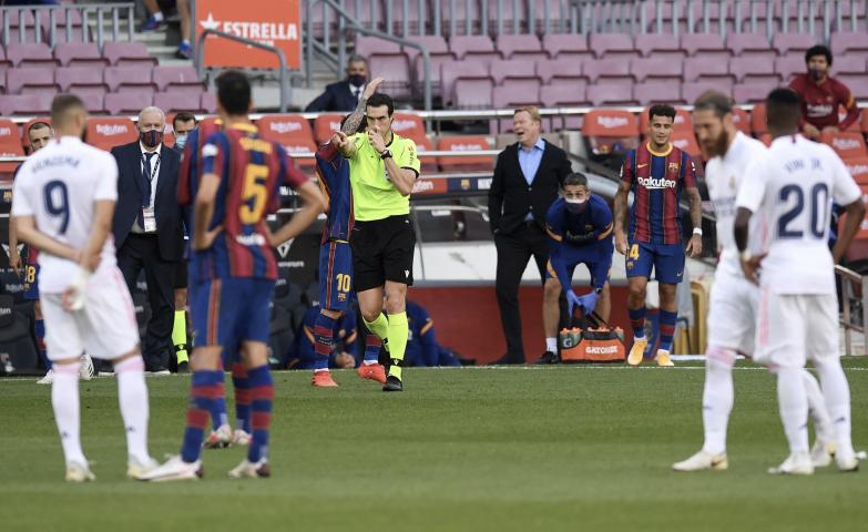 Cisza na Camp Nou