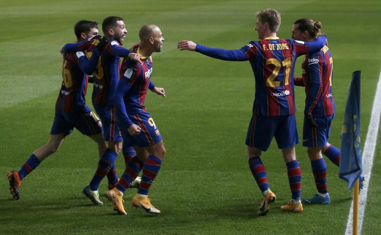 Barça wygrywa po rzutach karnych, czas na finał!