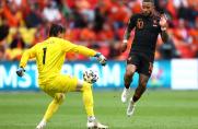 Pewna wygrana Holandii, gol i asysta Memphisa Depaya