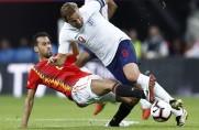 Kolejny gol Paco Alcácera w reprezentacji; Hiszpanie przegrywająz Anglikami [WIDEO]