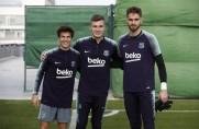 Riqui Puig, Jokin Ezkieta i Iñaki Peña trenowali z pierwszym zespołem [WIDEO]