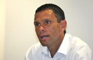 Gustavo Poyet: Im mocniej krytykuje się Suáreza, tym bardziej jest on niebezpieczny