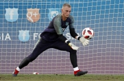 Mundo Deportivo: Roma i Valencia walczą o Jaspera Cillessena