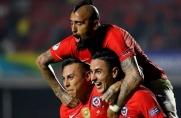 Chile gromi Japonię, Arturo Vidal z dolegliwościami
