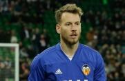 Sport: Neto może trafić do Barcelony tylko na jeden sezon