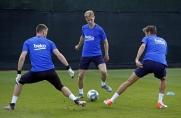 Sport: Frenkie de Jong robi doskonałe wrażenie podczas swoich pierwszych treningów w Barcelonie