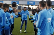 Brak transferu Matthijsa de Ligta do Barcelony szansą dla Jean-Claira Todibo