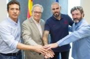 Oficjalnie: Víctor Valdés trenerem juvenilu A!