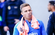 De Jong, Arthur i Rakitić wrócili dotreningów Barcelony po meczach reprezentacji