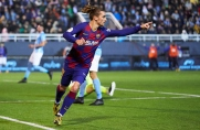 Griezmann ratuje honor Barcelony