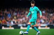 Alex Collado może skorzystać na odejściu Carlesa Péreza z Barcelony