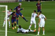 Mundo Deportivo: Lenglet pokazał Barcelonie inny sposób strzelania goli