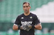 Claudio Bravo: W Barcelonie i w City bramkarz musi być środkowym obrońcą