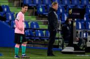 Co szatnia Barcelony sądzi o współpracy z Ronaldem Koemanem?
